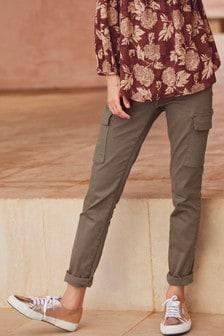 「實用」窄管牛仔褲