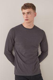 חולצת טי עם צווארון עגול ושרוולים ארוכים
