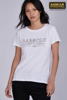 חולצתטי לבנה שלBarbour® International דגם Knockhill עם לוגו בצבעזהב אדום