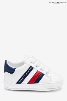 נעלי ספורט לתינוקות שלTommy Hilfiger דגםGlobal עם פסים בלבן