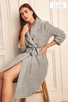 Collection Luxe Premium Velvet Dressing Gown