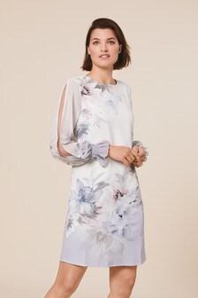 فستان مطبوع الحافة
