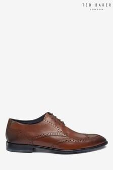 حذاء بنقوش مخرمة بني فاتح من Ted Baker