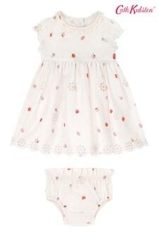 Cath Kidston Sweet Strawberry Babykleid mit Lochstickerei, Creme