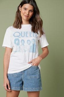 Camiseta con detalle de pespuntes