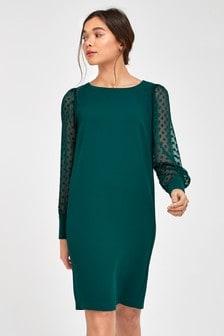 Цельнокроеное платье из крепа с прозрачными рукавами