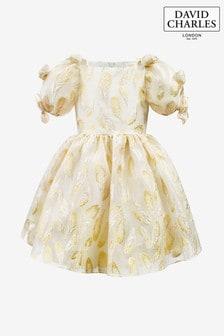 Платье цвета слоновой кости из органзы с блестящими золотистыми полосками David Charles