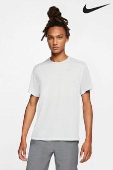 Camiseta para correr Breathe Rise de Nike