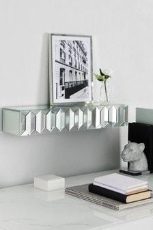 Полка с зеркальным эффектом и элементами в стиле домино