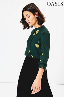 Oasis Green Floral Fluted Sleeve Top