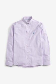 חולצת סטרץ' מכופתרת עם שרוולים קצרים בגזרת סלים עם פסים