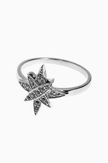 Prstan v obliki zvezde s cirkonijem