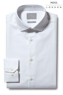 חולצה עם חפת יחיד בגזרת סלים של Moss London דגם Twill Eco בלבן