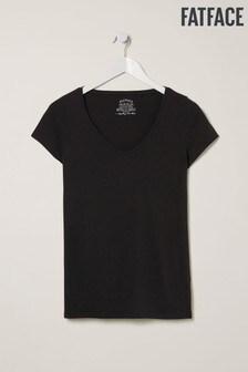 חולצת טי עם צווארון וי מדגם Hannah של FatFace באפור