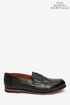 حذاء جلد بنعل سميك منModern Heritage