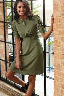 Чайное платье