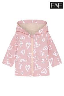 Różowy płaszcz przeciwdeszczowy z motywem serca