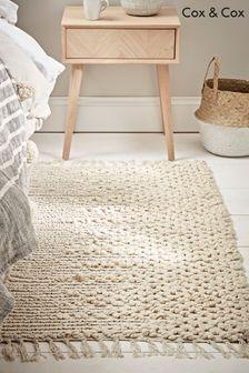 שטיח לצד המיטה של Cox & Cox דגם Tula