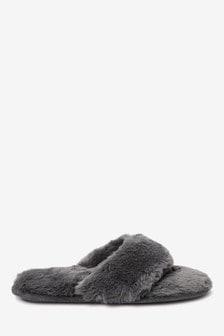 حذاء للبيت فرو صناعي معاد التدوير