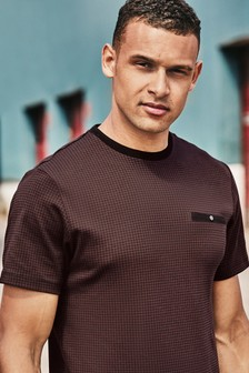 Dogtooth Pattern T-Shirt