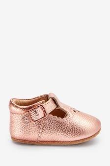 Little Luxe™ T-Bar Pram Shoes (0-18mths)