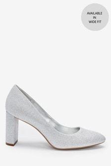 Туфли-лодочки на каблуке с миндалевидным носом
