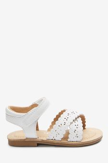 Scallop Sandals (Younger)