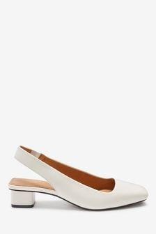 Кожаные туфли на квадратном каблуке с ремешком через пятку