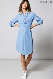 שמלת חולצה מידי עם ליפוף מלפנים של Mint Velvet בכחול