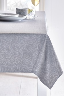 Wipe Clean Table Cloth With Linen (278625)   $37 - $52