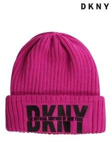 Розовая шапка с логотипом DKNY