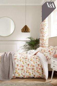 V&A Bettbezug und Kissenbezug mit Mohngarten-Print