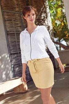 Minifalda de denim con cinturón