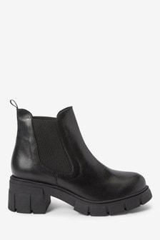 Ботинки челси на массивном каблуке