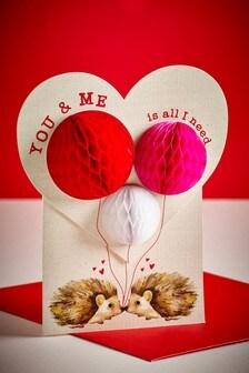 Valentinstagskarte mit Wabendesign