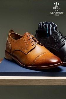 Кожаные туфли с контрастной подошвой и вставкой на носке