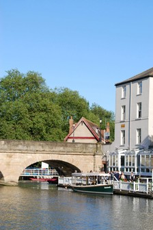 Oxford River Cruise And Dining At The Folly For Two by Activity Superstore