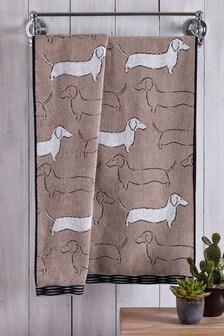 מגבת עם דוגמת כלב תחש