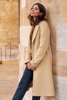 Удлиненное пальто из фактурной ткани