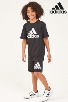 adidas 黑色徽章運動短褲