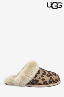 Тапочки с леопардовым рисунком UGG® Scuffette II