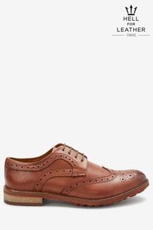 Chaussures Richelieu en cuir à semelle crantée