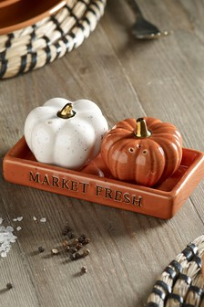 Pumpkin Salt & Pepper Shakers