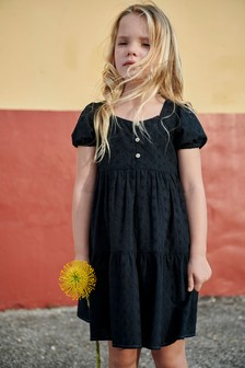 Kleid mitKnopfleiste und Lochstickerei (3-16yrs)