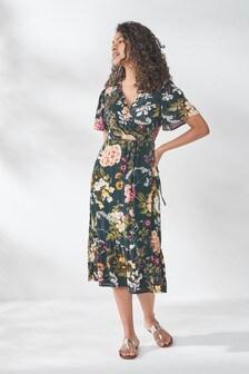שמלת מעטפת עם שרוולים קצרים