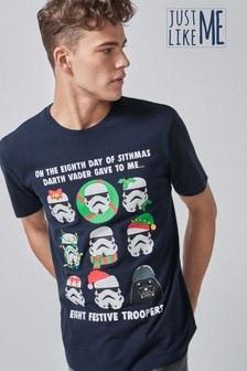 T-Shirt mit weichnachtlicheem Stormtrooper License-Print für Herren, Teil der Familienkollektion