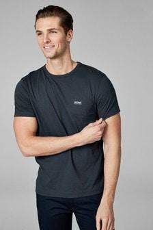 חולצת טי עם לוגו של BOSS