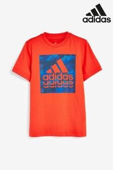 adidas T-Shirt mit kastigem Design in Camouflage