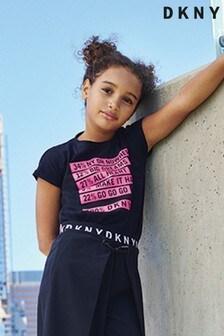 Top DKNY z czarnym tekstem