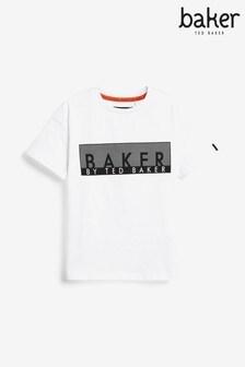 تي شيرت أبيض بشعار للجنسين منBaker by Ted Baker